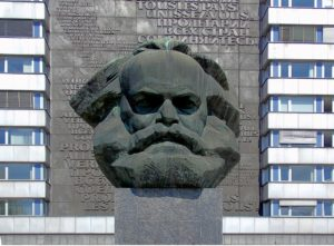 karl-marx-ensemble-1396080_1280